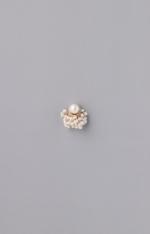 Pearl charm pierce